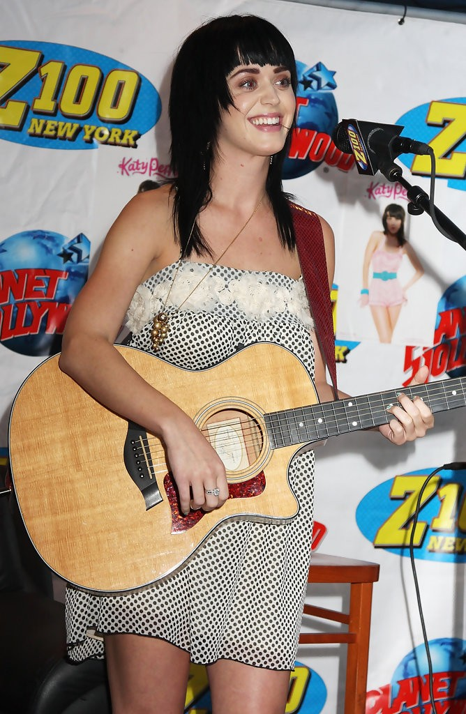 The Z100 Lounge At Planet Hollywood 008