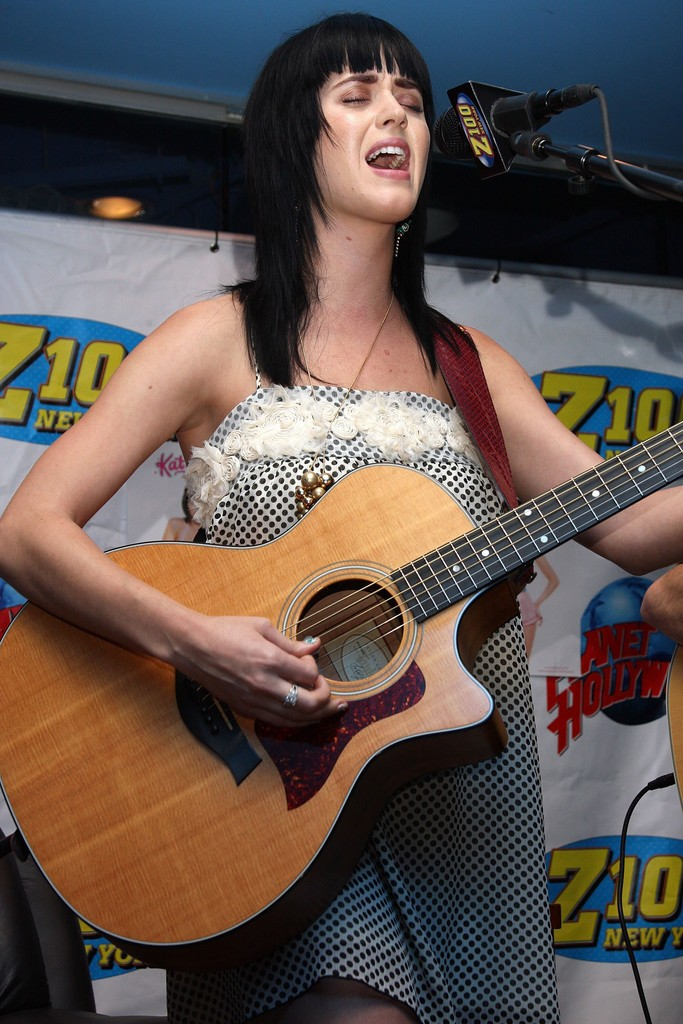 The Z100 Lounge At Planet Hollywood 021