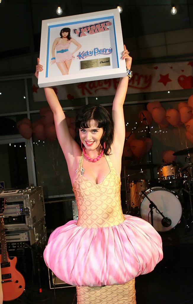 Katy Perry Record Release Party for One of the Boys 010