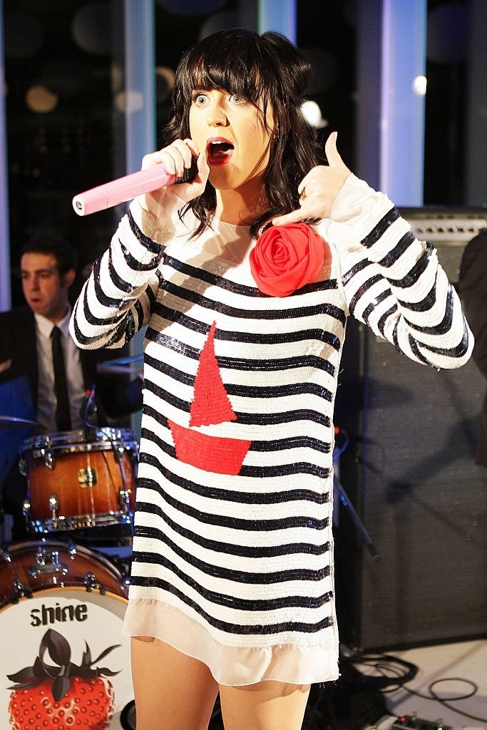 Katy Perry Showcase At D&G showroom 002