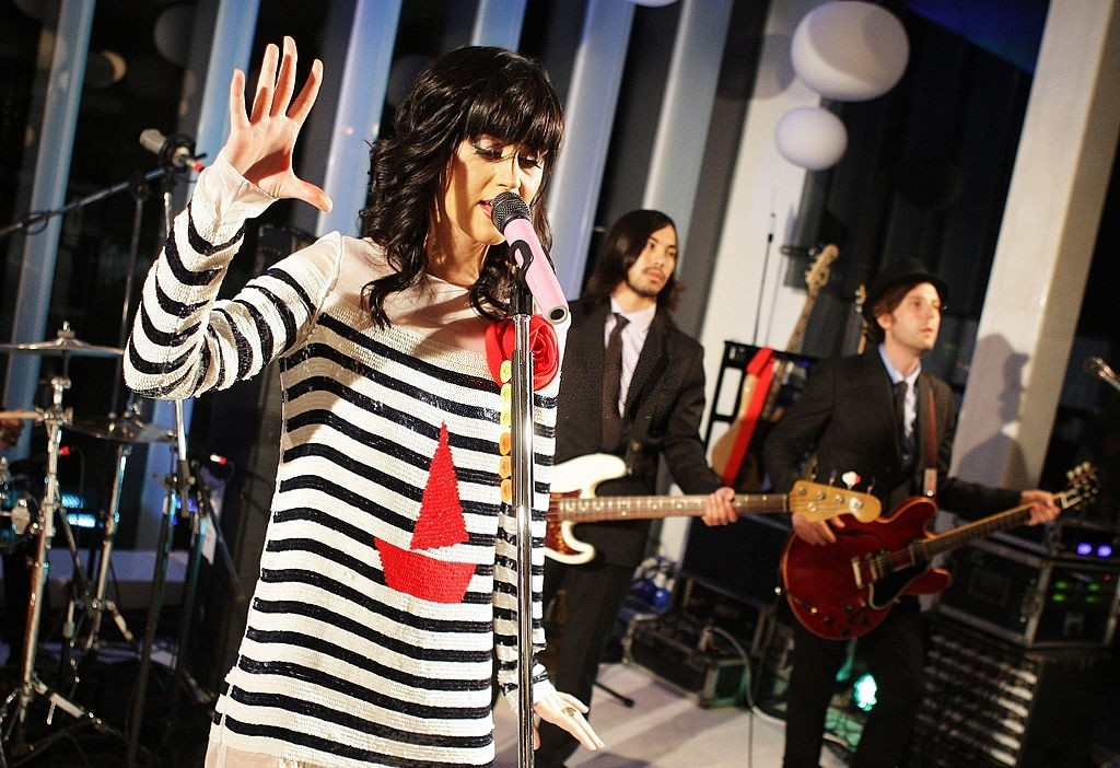 Katy Perry Showcase At D&G showroom 011
