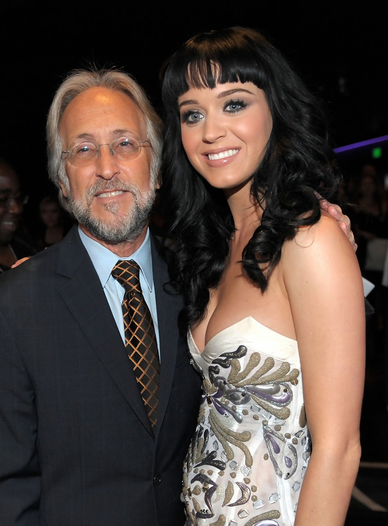 Katy Perry – The GRAMMY Nominations Concert Live 003