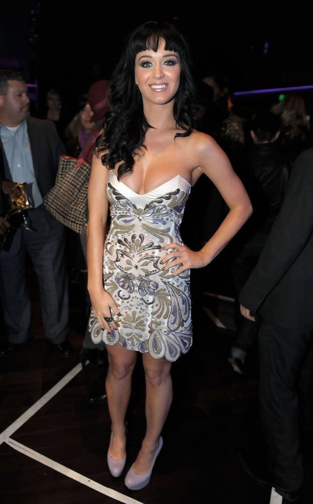 Katy Perry – The GRAMMY Nominations Concert Live 004