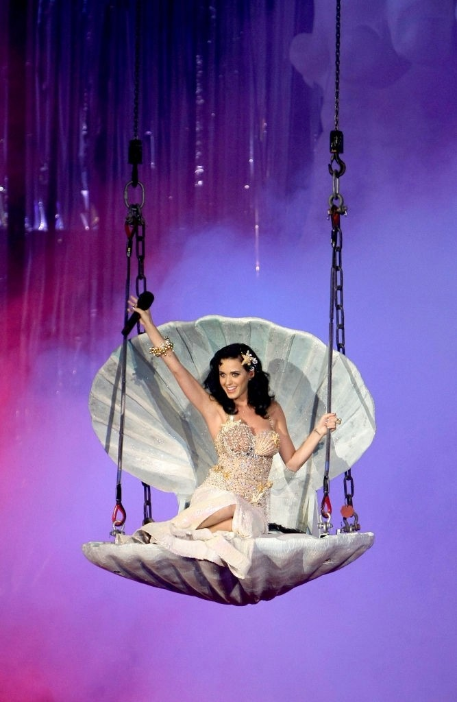 Official Opening Ceremony of LIFE BALL 2009 Performance 005