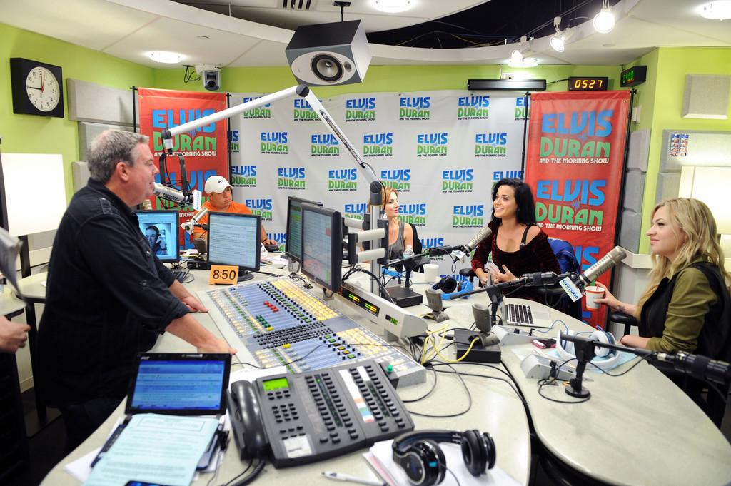 Elvis Duran Z100 Morning Show_007