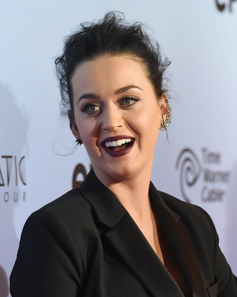 Katy Perry- The Prismatic World Tour Screening_140