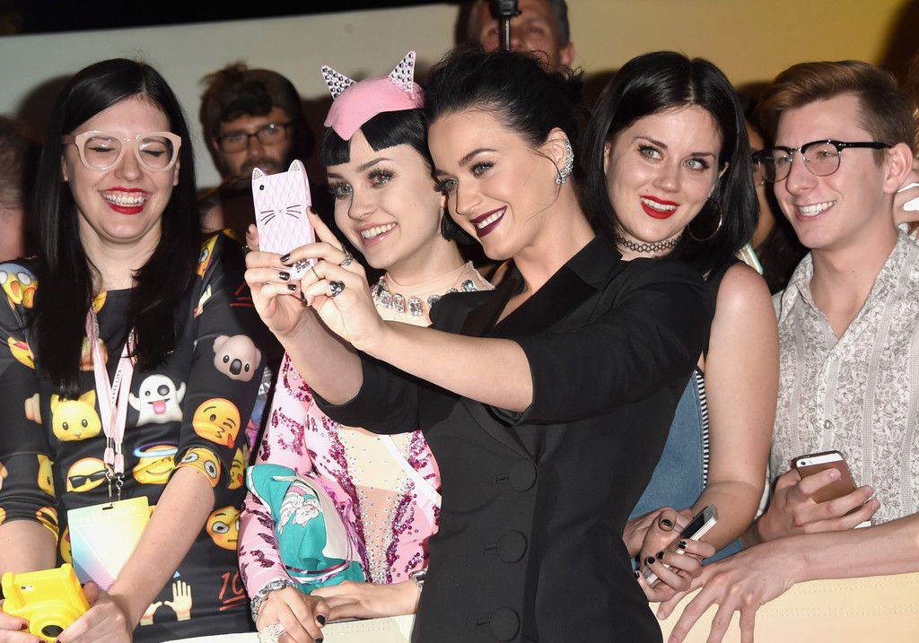 Katy Perry- The Prismatic World Tour Screening_152