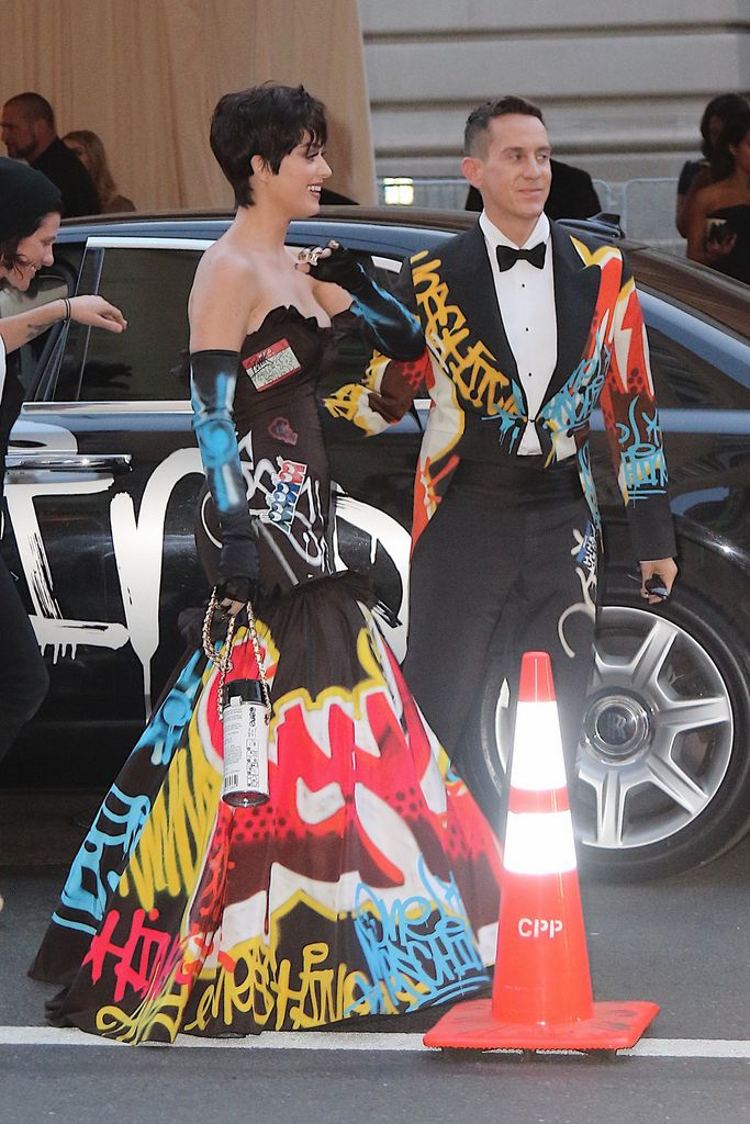 MET Gala 'China- Through The Looking Glass'_012