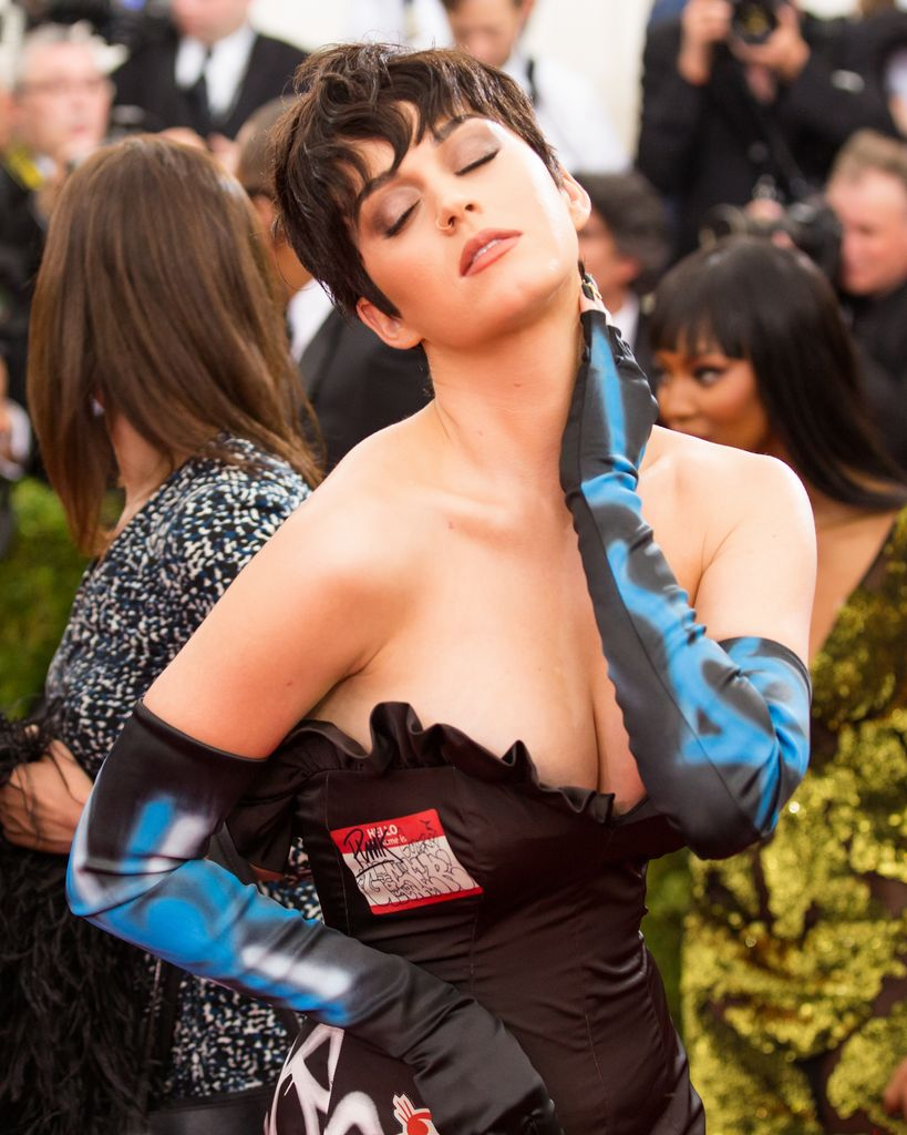 MET Gala 'China- Through The Looking Glass'_047