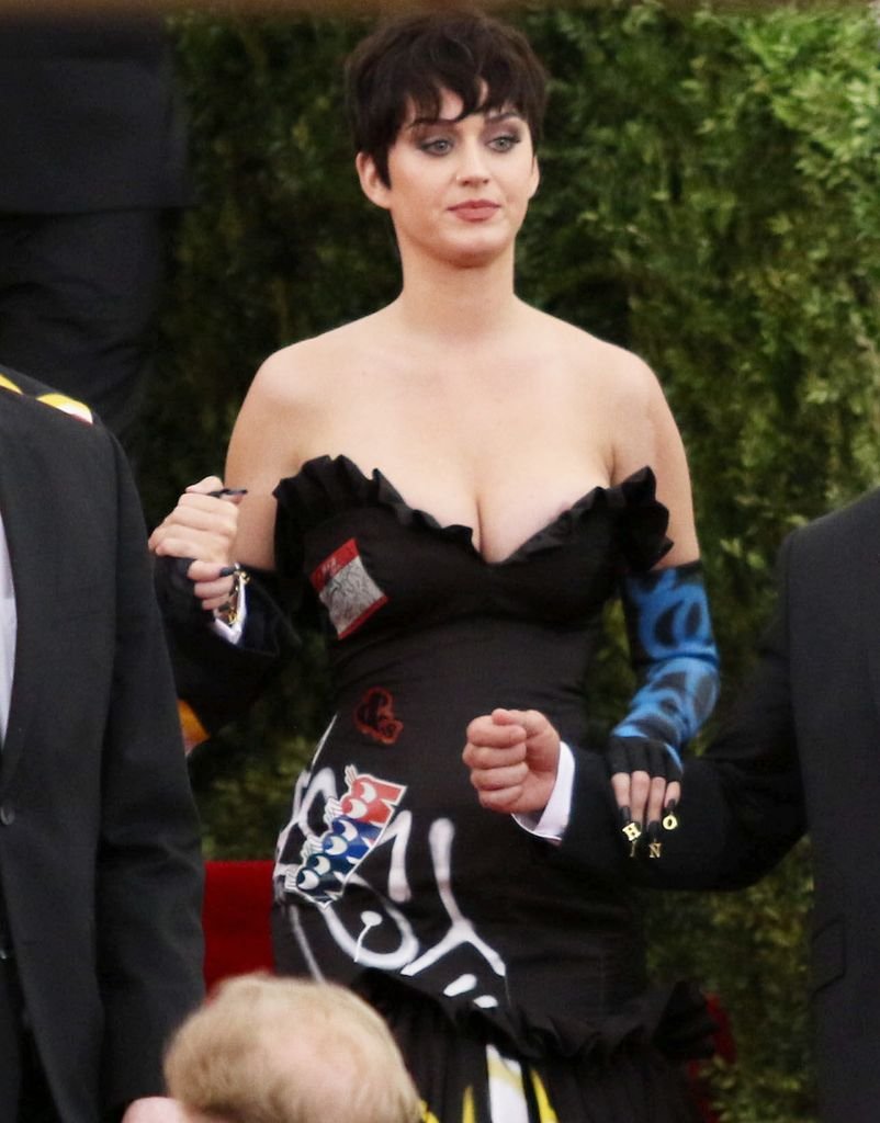 MET Gala 'China- Through The Looking Glass'_055